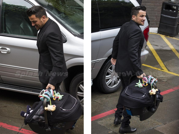 CELEB WATCH: Peter Andre & partner spotted out at ITV Studios with ...